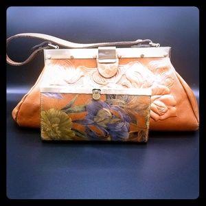 Patricia Nash purse and wallet